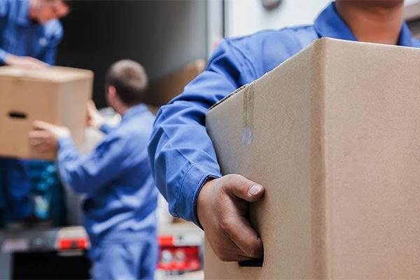 Где найти ответственных и профессиональных специалистов для переезда магазина?
